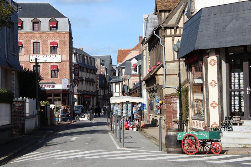 village-etretat-mylittleroad