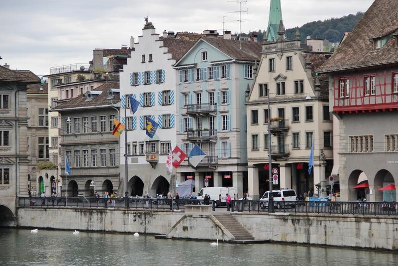 fleuve-maison-zurich-mylittleroad