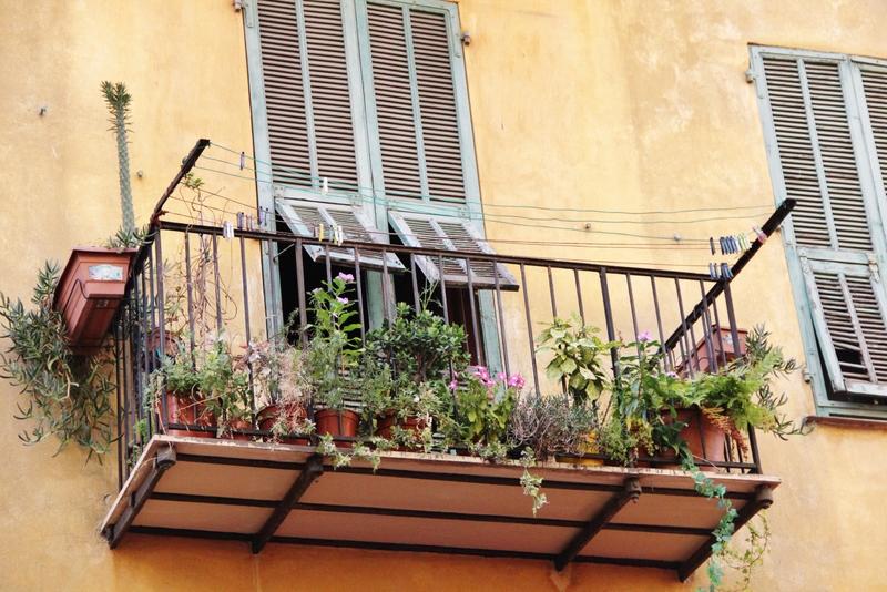 balcon-plante-nice-mylittleroad