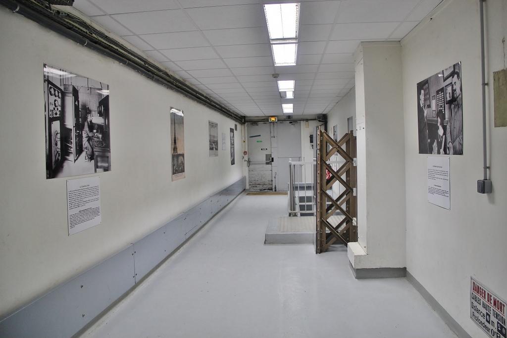 couloir-bunker-tour-eiffel-mylittleroad