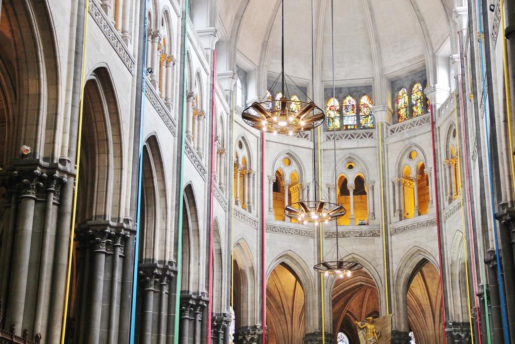 interieur-eglise-lille-mylittleroad