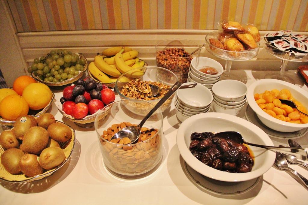 petite-dejeuner-splendid-hotel-cannes