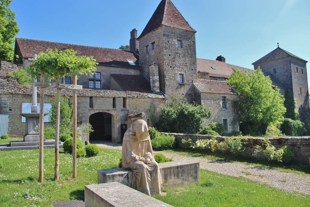 chateau-visite-decouverte-burgundia