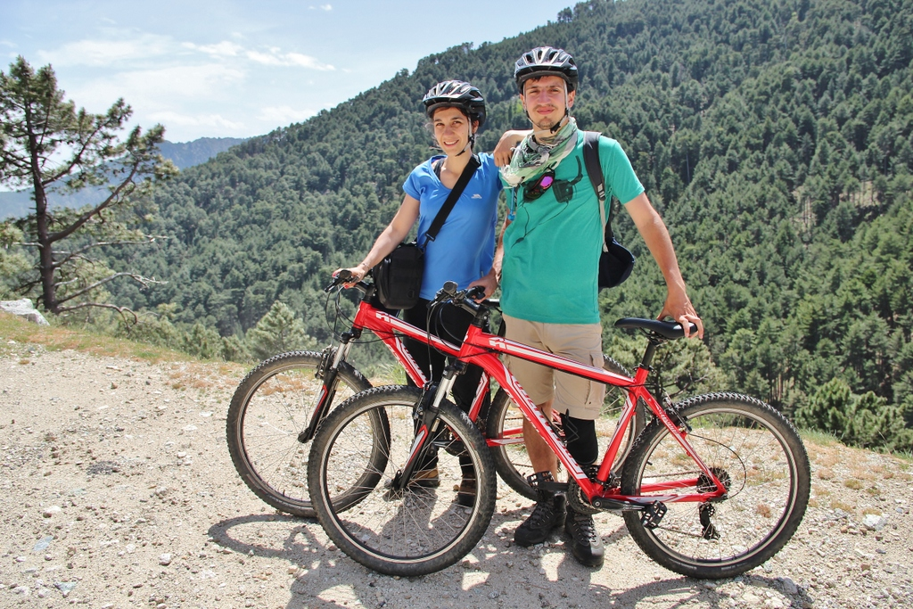 couple-velo-montagne-ghisoni-corse
