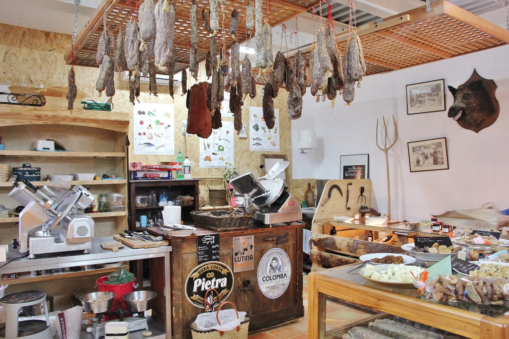 magasin-marche-corse-degustation