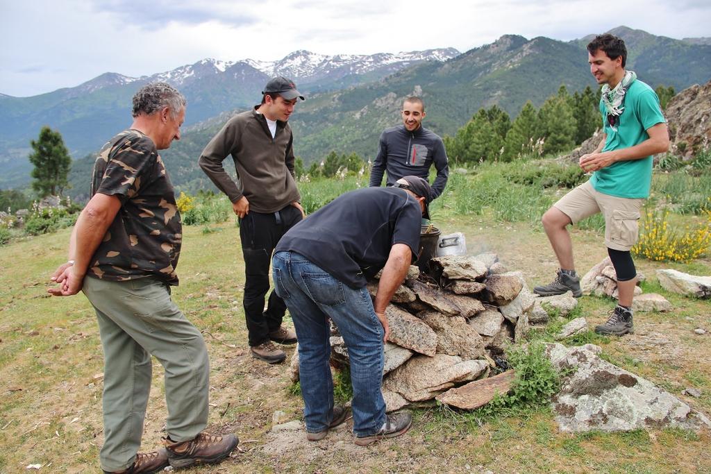 preparation-repas-montagne-ghisoni-corse