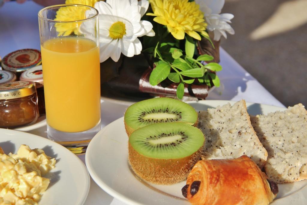 repas-petit-dejeuner-ile-embiez