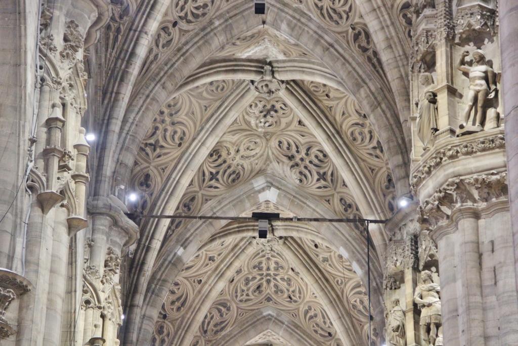 detail-plafond-duomo-milan
