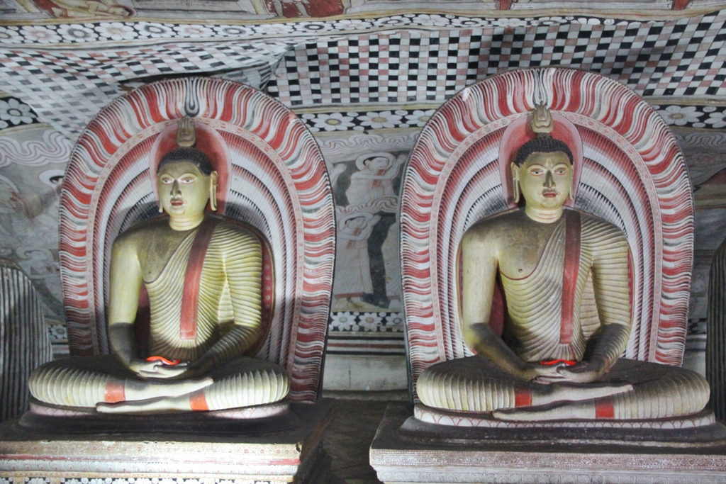 double-bouddha-dambulla