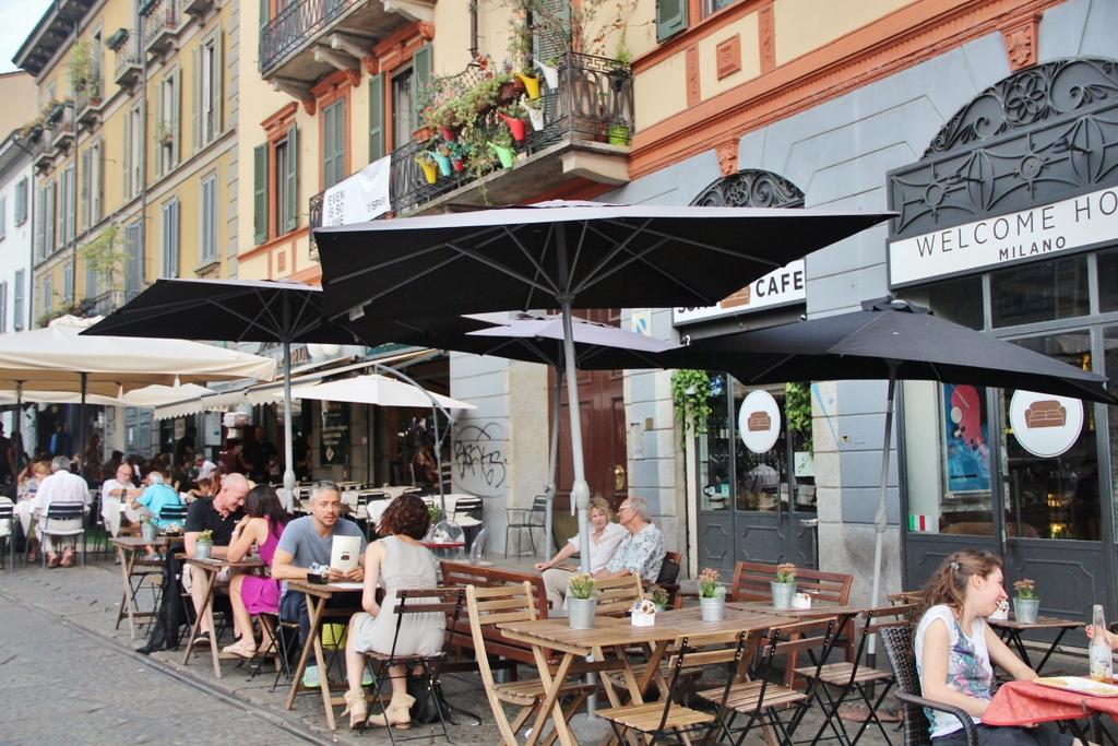 restaurant-bar-navigli-milan