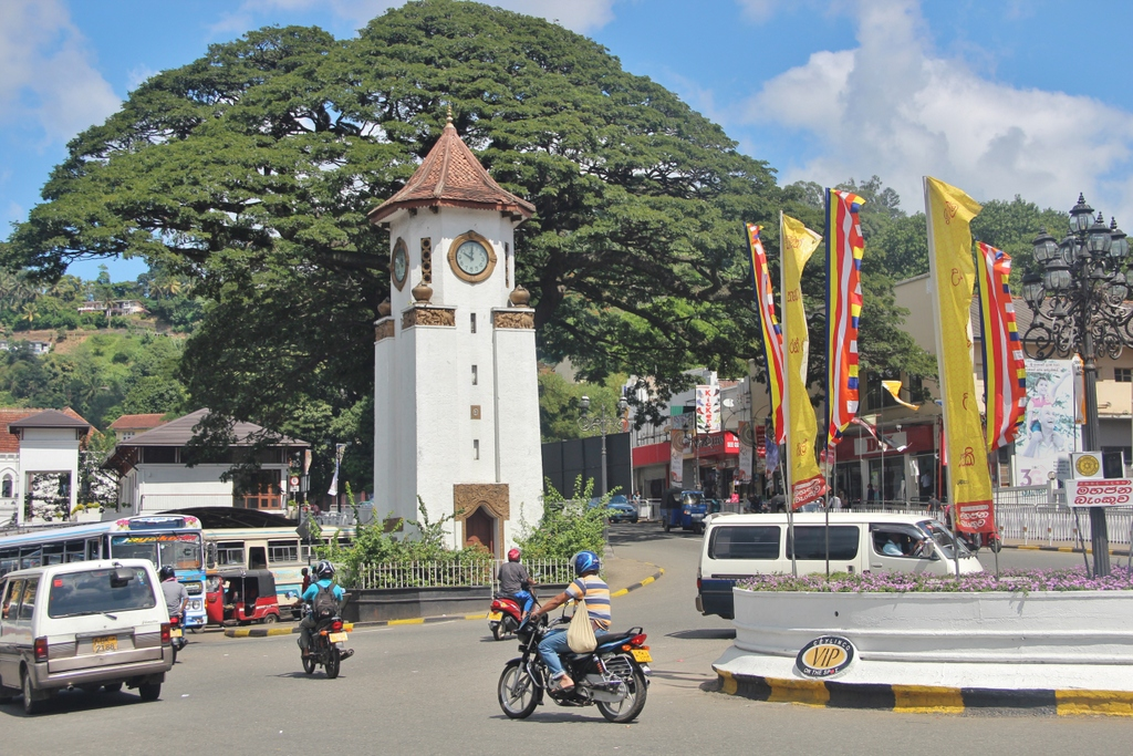 clocktower-kandy-sri-lanka