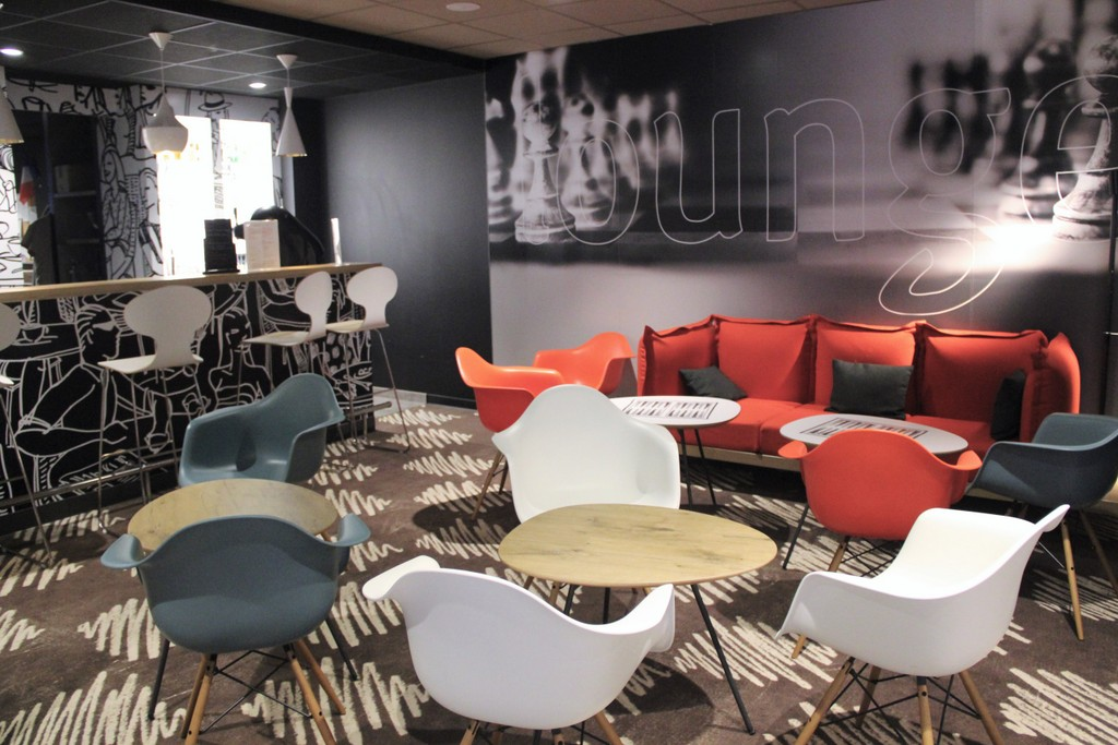 hotel-ibis-lille-lounge-bar