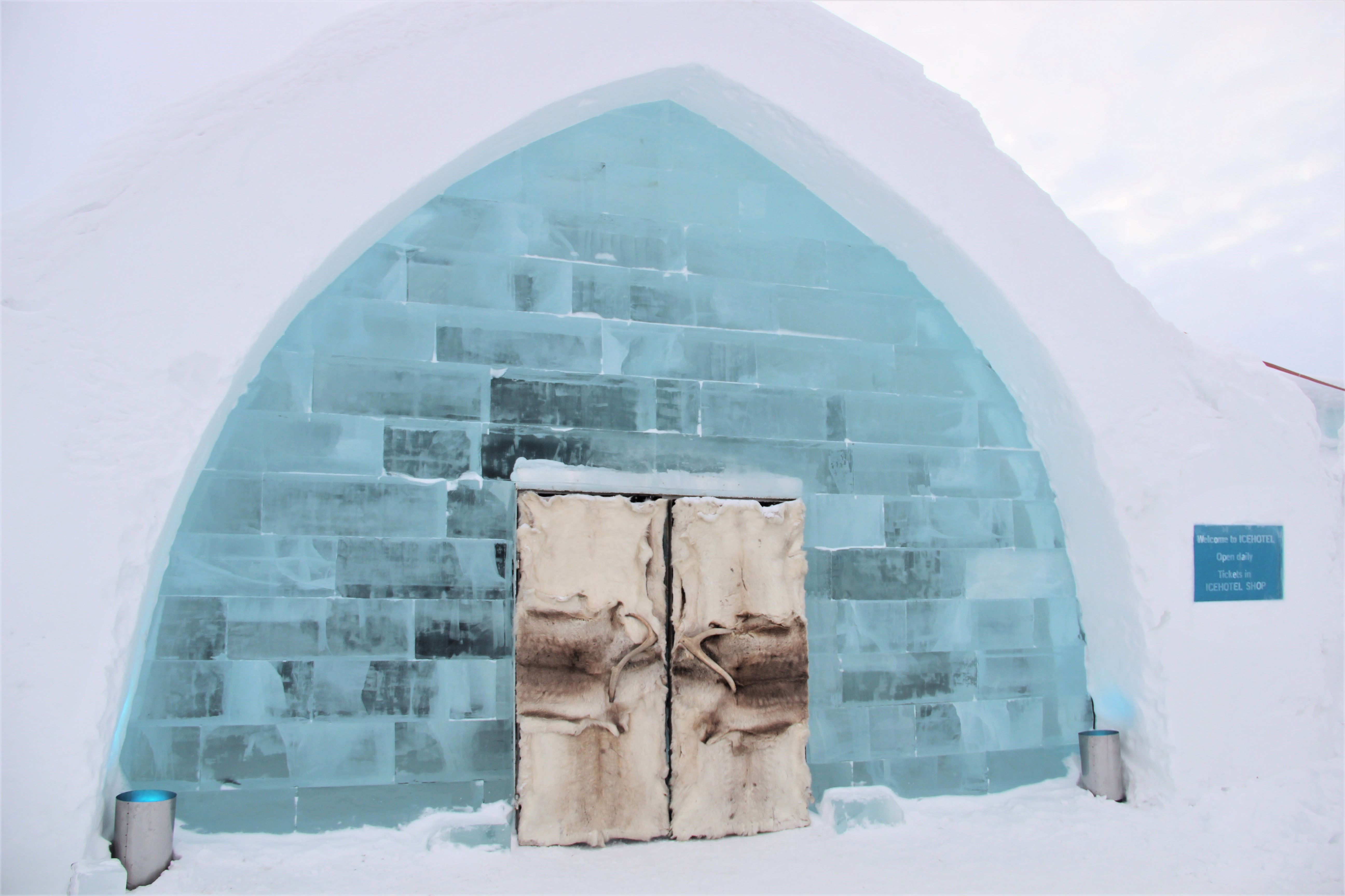 entree-hotel-glace-kiruna-suede-mylittleroad