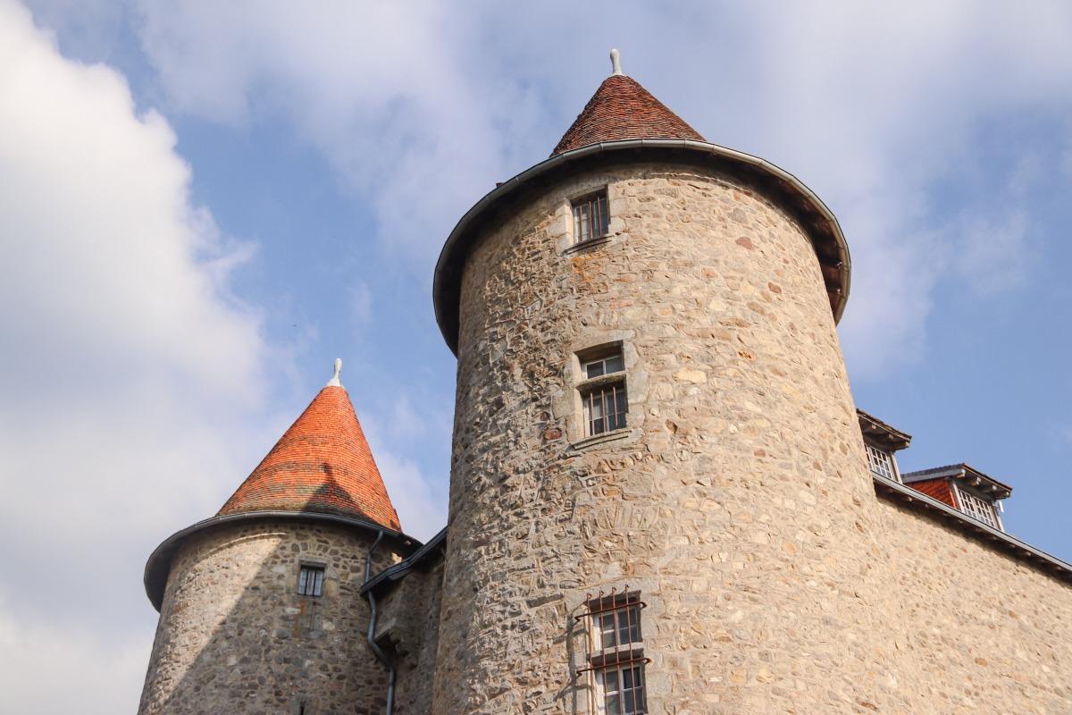tour chateau Monfort Auvergne
