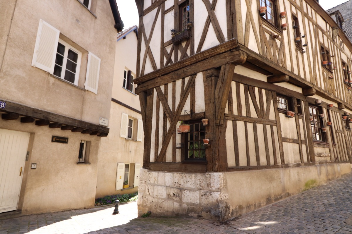 maison moyen-age Chartres