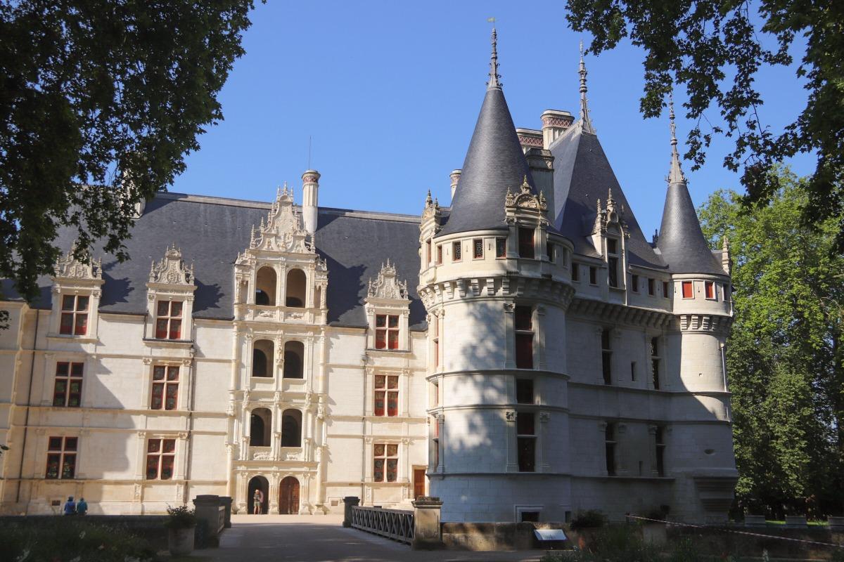 Les ch teaux de la loire autour de chinon my little road - Hotel de biencourt azay le rideau ...